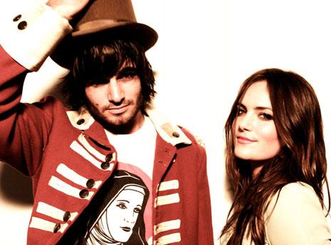 Angus++Julia+Stone+166741